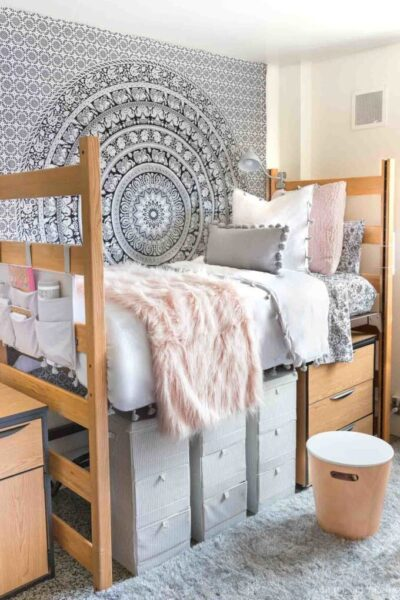 23 Dorm Room Essentials for Girls